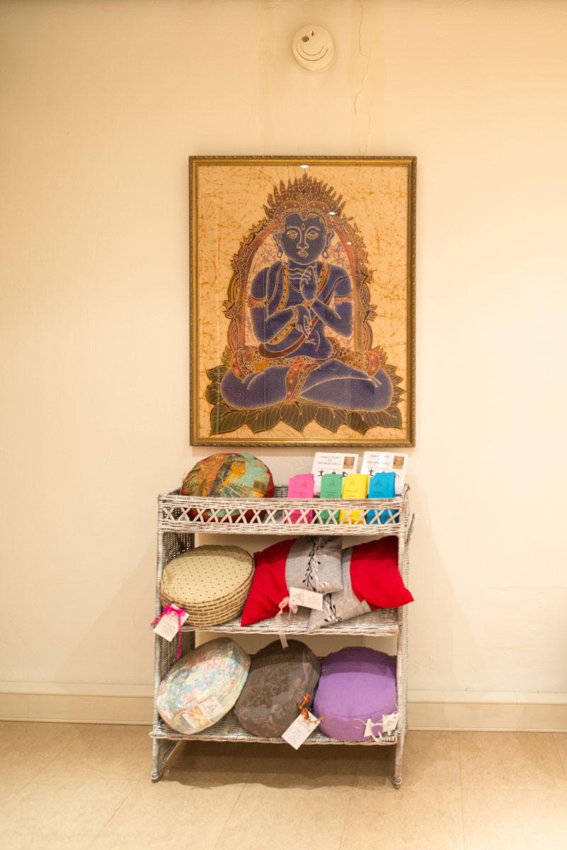 Diverse meditatiekussens te koop